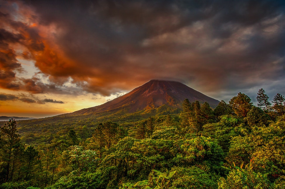 Looming Doom, Arenal