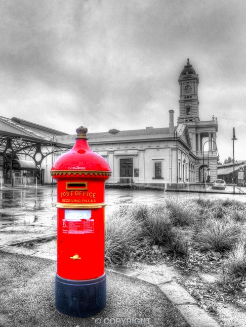 Ballarat-Railway-Station_Post-Box_0089_20130422B&W