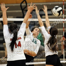 Portage vs. Valpo - 9/15/15 - Valpo was a three set winner over Portage on Tuesday evening (9/15) in Valparaiso.  Scores were:  25-17, 25-19, 25-17  You...