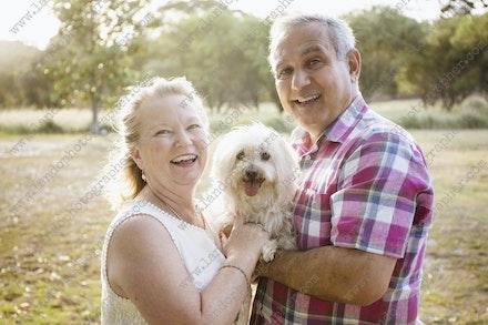 Internet 677 Lianne and Roberto - 29th November 2017 - Centennial Park - Couple Portrait - sydney family photographer