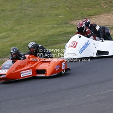 Rd 5 - Race 11 - 4 Laps - Sidecars