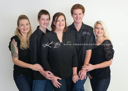 Party of Five | Studio - Beautiful siblings portrait in studio