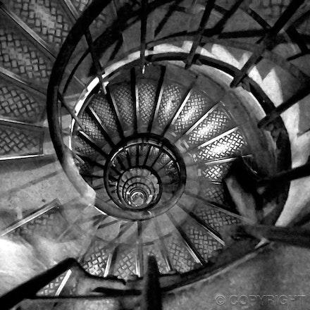 triumphe-spiral - time lapse photography in the Arc de Triumphe - Paris