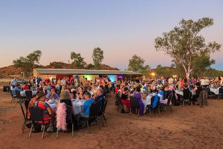 Outdoor Dinner - Telegraph Station - Alice Springs