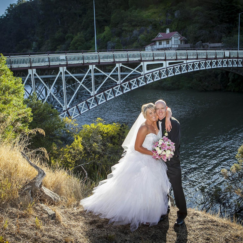 Weddings - Click on the photo to view the different galleries.